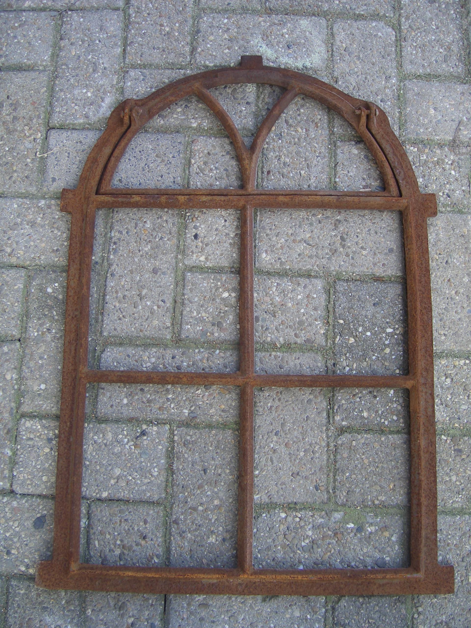 Fenster Stallfenster Gartenmauer in Rostoptik Gussfenster,Eisenfenster