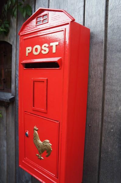 Roter Wandbriefkasten Postkasten Briefkasten Mailbox