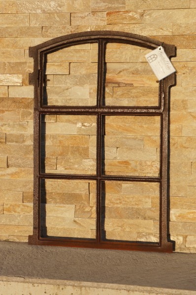 Gussfenster Eisenfenster Antikfenster Stallfenster Fenster mit Oberlicht.